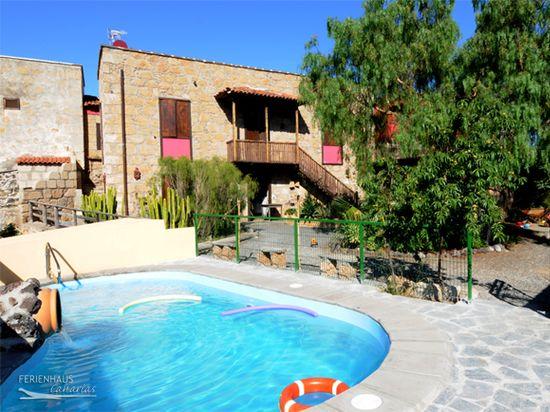 Ferienhaus auf idyllischer Finca mit Gem. Pool, Garten & Grill in ...